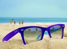 Ray•bans in the sand
