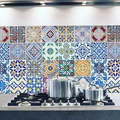 #modaceramica #moda #piastrelle #parete #cucina #tiles #salamostra #vieniavederledanoi #viaspettiamo #ceramica #colour #colours #allegria #tileaddiction #glamour by modaceramica