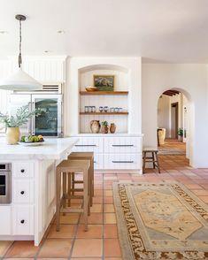 Kitchen Interior, New Kitchen, Kitchen Design, Kitchen Ideas, Kitchen Trends, Eclectic Kitchen, Kitchen Small, Spanish Style Homes, Spanish Style Kitchens