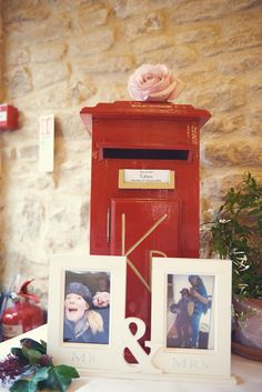Red Post Box for cards at Kingscote Barn Winter Wedding 2016 #kingscotebarn #redpostbox #cardbox #winterwedding
