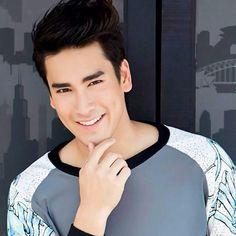 Надич Кугимия ณเดชน์ คูกิมิยะ Nadech Kugimiya Pink Fuzzy Sweater, Khon Kaen, Handsome Faces, Thai Model, Best Actor, Man Crush, Cute Guys, Gorgeous Men, Actors & Actresses