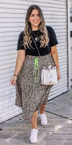Chubby Fashion, Curvy Girl Fashion, Plus Size Fashion, Mode Outfits, Casual Outfits, Fashion Outfits, Stylish Mom Outfits, Casual Weekend Outfit, Brunch Outfit