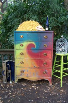 Simple Home Decor Good idea! It adds color to your room with a hippie vibe.Simple Home Decor Good idea! It adds color to your room with a hippie vibe Funky Furniture, Furniture Makeover, Painted Furniture, Painted Armoire, Painted Chest, Dresser Makeovers, Black Furniture, Antique Furniture, Mundo Hippie