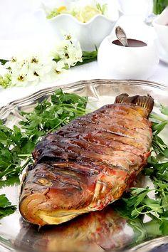 Фаршированная рыба, гефилте фиш - один из общепризнанных мировых брендов еврейской кухни. Классическая трапеза субботнего или праздничного дня ашкеназских