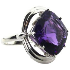 Preowned Extraordinary Huge Amethyst Ring (3.130 RON) ❤ liked on Polyvore featuring jewelry, rings, purple, sparkle jewelry, square cut ring, african rings, amethyst stone ring and purple ring