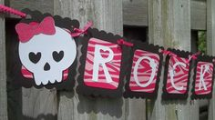 Rock Princess Party Decorations Baby Shower Cakes, Baby Shower Themes, Shower Ideas, First Birthday Parties, First Birthdays, Birthday Ideas, Punk Rock Baby, Punk Rock Princess, Diva Party