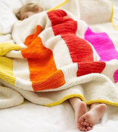 this would take me forever, but I like it. From Last-Minute Knitted Gifts by Joelle Hoverson ...