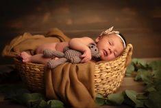 Amaya con 7 dias Bassinet, Home Decor, Infant Photography, Fotografia, Crib, Decoration Home, Room Decor, Baby Crib, Home Interior Design