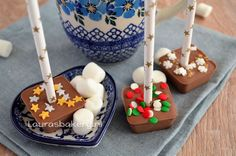Advent 18: Chocolademelk lepels - Laura's Bakery