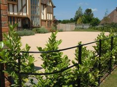 Call Limegate Specialist Surfacing, one of the UK's best specialist for resin driveways in Kent. Visit us online at http://www.limegate.co.uk/ for more information.