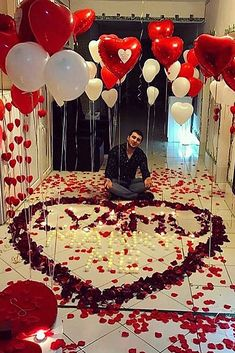 21 So Sweet Valentines Day Proposal Ideas ❤ valentines day proposal man home roses romantic ❤ More on the blog: https://ohsoperfectproposal.com/valentines-day-proposal/