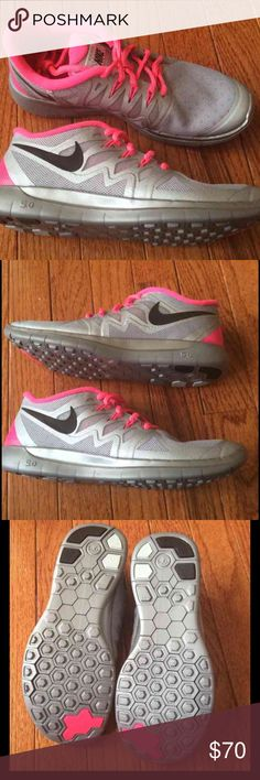 New Nike free 5.0- flash edition New without box NIKE free 5.0 Size 4.5Y