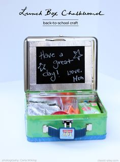 cool idea for lunchbox notes from mom + dad - put a chalkboard IN the lunchbox! #BacktoSchool #DIYPinterestParty