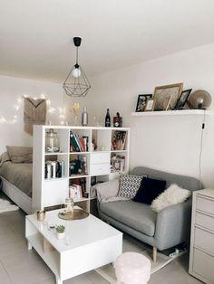 Inspiring Small Apartment Interior Design Ideas To Try 07 Studio Apartment Decorating, Apartment Interior Design, Studio Apartment Divider, Studio Apartment Layout, Studio Layout, Living Room Designs, Living Room Decor, Bedroom Decor, Bedroom Storage