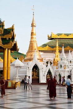 Shwedagon Paya - Burma, Myanmar