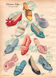 Gag On The Mid-Century Eleganza of Vintage Fine Ladies' Footwear Ads Moda Vintage, Vintage Love, Vintage Shoes, Vintage Advertisements, Vintage Ads, Vintage Posters, 1950s Fashion, Vintage Fashion, Ladies Fashion