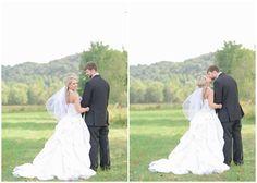 KM Russell Photography, Kentucky wedding photographers.  Kentucky bride, groom.  Bride and groom photos.  Country wedding.  Rustic wedding.