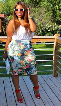 40 Plus Size Outfit Ideas and Fashion Trends For Big Girls to try in this year - Plus Size Fashion For Women, Plus Size Women, Plus Fashion, Fashion Trends, Olsen Fashion, Floral Fashion, Petite Fashion, Fashion Bloggers, Curvy Girl Fashion