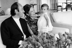 Prince, Dar Es Salaam, Aga, Still Image, Sons, The Past, Couple Photos, Royalty, Vintage