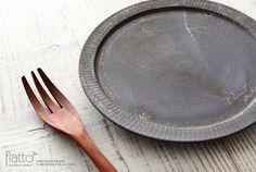 shiro-kuro 6寸皿(黒)/作家「トキノハ」/和食器通販セレクトショップ「flatto」#トキノハ #和食器