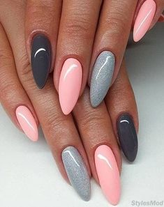 Easy & Coolest Nail Art Designs For Long Nails To Try. Explore Here to see our f. Susan Lemelin Nails nails nails Easy & Coolest Nail Art Designs For Long Nails To Try. Explore Here to see our favorite Nail Art Styles for inspired to ot Shellac Nails, Matte Nails, Nail Manicure, Nail Polish, Hair And Nails, My Nails, Halo Nails, Nails Now, Wedding Nails Design