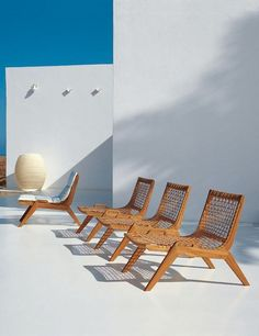 Henry Hall Designs modern outdoor furniture for garden, including sustainable teak and woven classic designs #TeakOutdoorFurniture #TeakOutdoorFurnituremodern #gardenoutdoorfurnitureteak