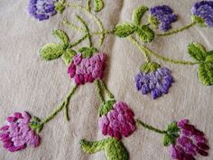 """Vintage Hand Embroidered 48"""" X 48"""" CLOVER Linen Tablecloth"""