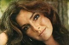 Jennifer O Neill Photo Gallery - Pics, Photos Jennifer O'neill, Hollywood Icons, Classic Hollywood, Beautiful Young Lady, Beautiful People, Beautiful Ladies, Jane Asher, Retro Makeup, Look Magazine