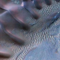 Photo from NASA Mars orbiter shows wind's handiwork Nasa Photos, Nasa Images, Water On Mars, Rift Valley, Deep Space, The Martian, Retro Futurism, Original Image, Dune