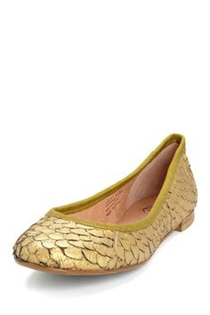 gold fish scale flats. love these - I want them for Steph's wedding!