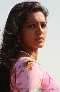 Parvathi Menon Actress Photos Parvathi Menon Hot in Mariyaan (4) – nowboxoffice.com