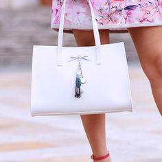 Eleonora Petrella for Loristella #Loristella #EleonoraPetrella #flowersbag #fashionbag #womanhandbag #heart #instacool #instapic #flowers