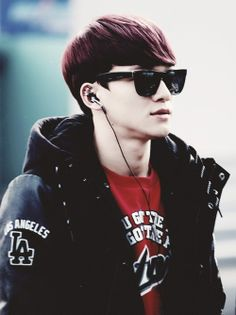 Chen EXO M Troll King #Airport