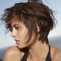 shaggy hairstyle for short hair