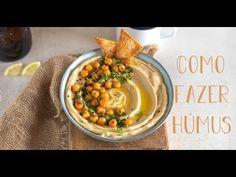 Passo a passo de como fazer húmus. Simples, fácil e delicioso. A pasta de grão de bico (húmus) caseira mais cremosa de sempre. A Food, Food And Drink, Cooking Cookies, Kale Chips, Cheeseburger Chowder, Hummus, Vegetarian Recipes, Low Carb, Soup