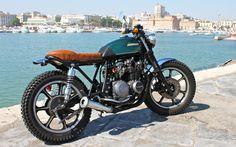 Kawasaki Z400 Brat Style #motorcycles #motos #bratstyle | caferacerpasion.com