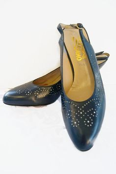 307af8d72e Vintage Salvatore Ferragamo 1980s Shoes   Navy Blue Slingback   Made in  Italy   Size 12