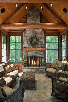 60 STUNNING LOG CABIN HOMES FIREPLACE DESIGN IDEAS 60 Nothing quite matches the charm of a rustic log cabin with a roaring fireplace in the winter. It arouses feelings of warmth, nostalgia and peace, especially after a long day in the cold. House Design, House, Rustic Home Design, Home, Home Fireplace, House Plans, New Homes, Log Home Interiors, Rustic House