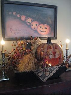 Love the vintage print & pumpkin