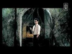 D'Masiv   Jangan Menyerah (Official Music Video) - HQ
