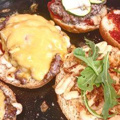 #burger #cheddar #Startruck #sun #paysbasque #guethary #Bidart #saucesecrete by startruckburger