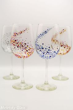 Set Of 4 Hand Painted Glasses Dots Space Picoquel Classic Wine