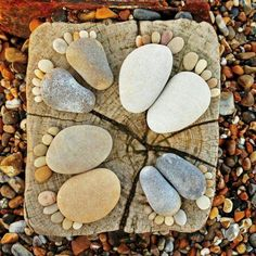 Rock feet: For Dad, one for each grandchild... for our home, one for each of us. will need two sliced logs and medium rocks and pebbles.