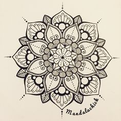 Mandala design have a lovely day mandala simple mandala art mandala stencil Henna Designs, Pattern Tattoo, Mandala Tattoo, Sketch Book, Art Tattoo, Drawings, Mandala, Flower Drawing, Zentangle Patterns