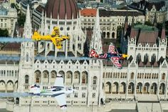 Budapest Bug Budapest City, Red Bull, All Over The World, Taj Mahal, Racing, Building, Travel, Viajes, Auto Racing