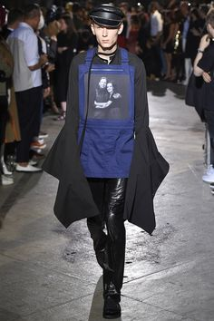 Take a Picture! 11 Photo-Printed Runway Looks We Love