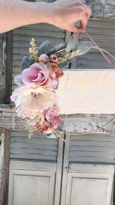 Baby Diy Nursery Ideas New Ideas Baby Nursery Diy, Nursery Signs, Baby Bedroom, Floral Nursery, Nursery Room, Nurseries Baby, Baby Girl Rooms, Baby Nursery Ideas For Girl, Rustic Girls Bedroom