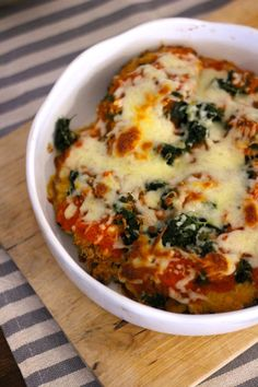 As Minhas Receitas: Bifes de Peru no Forno com Espinafres e Molho de Tomate