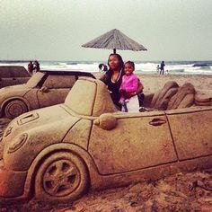Sand art on North Beach   Durban. BelAfrique - your personal travel planner - www.BelAfrique.com