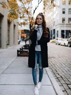 Take a look at the best Casual winter outfits in the photos below and get ideas for your own amazing outfits! denim jacket / nike juvenate sneakers / winter fashion in boulder, colorado Image source Casual Fall Outfits, Fall Winter Outfits, Autumn Winter Fashion, Casual Guy, Winter Clothes, Winter Chic, Mens Winter, Spring Clothes, Cozy Winter
